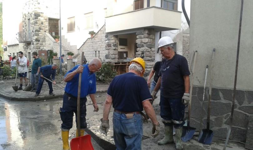 Gli Alpini di Castel San Pietro Terme in aiuto alle popolazioni piacentine