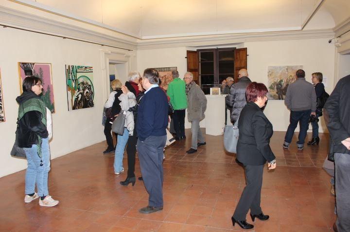 """Boom di visitatori per i """"frammenti"""" di Nevio Bedeschi"""