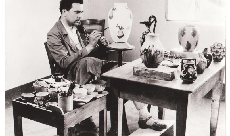 Ai musei civici le preziose ceramiche di Umberto Marfisi