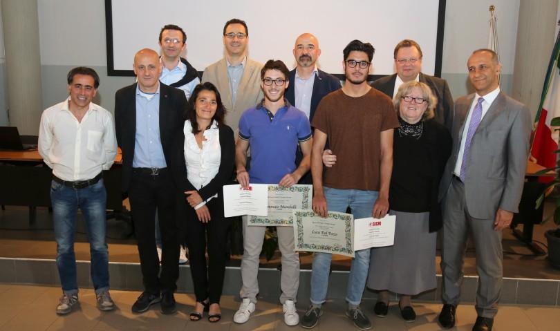 """Borse di studio """"Giorgio Sarani"""", premiati due studenti dell'ITIS Alberghetti"""