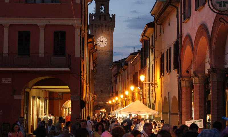 Castel San Pietro Terme, si alza il sipario sul giugno castellano
