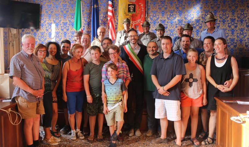 Toccante incontro in Comune con i familiari del pilota americano Loren Hintz