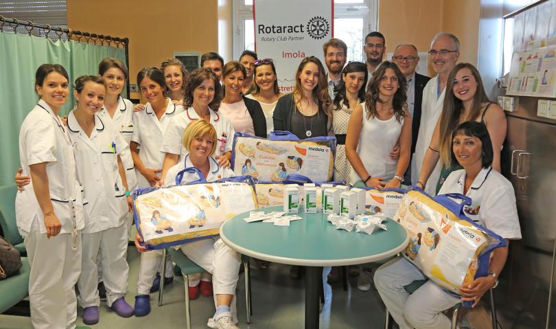 Dal Rotaract di Imola una donazione per neo mamme e neonati