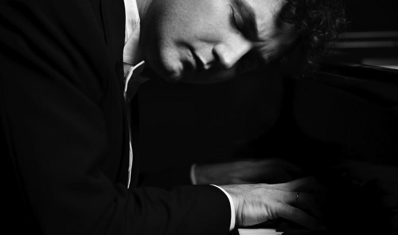 Sul palco dell'Ebe Stignani il pianista Giuseppe Albanese