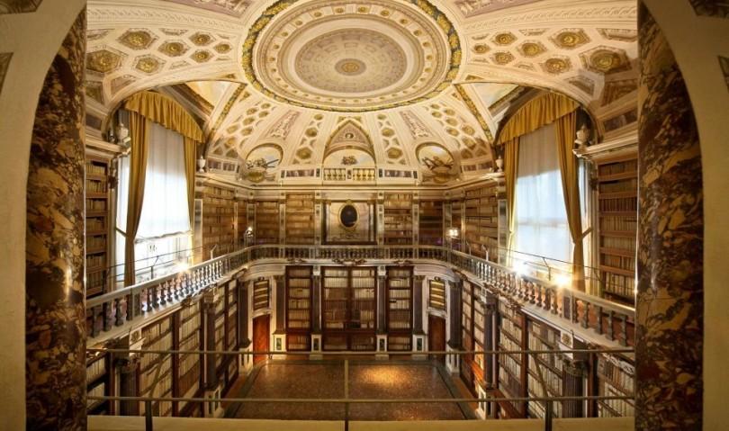 """Donare un libro per realizzare una biblioteca itinerante a Visso. Il progetto """"Futuro infinito"""""""