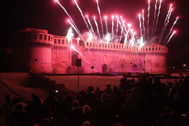 Fuochi d'artificio dedicati a Caterina Sforza nella notte del 31 dicembre