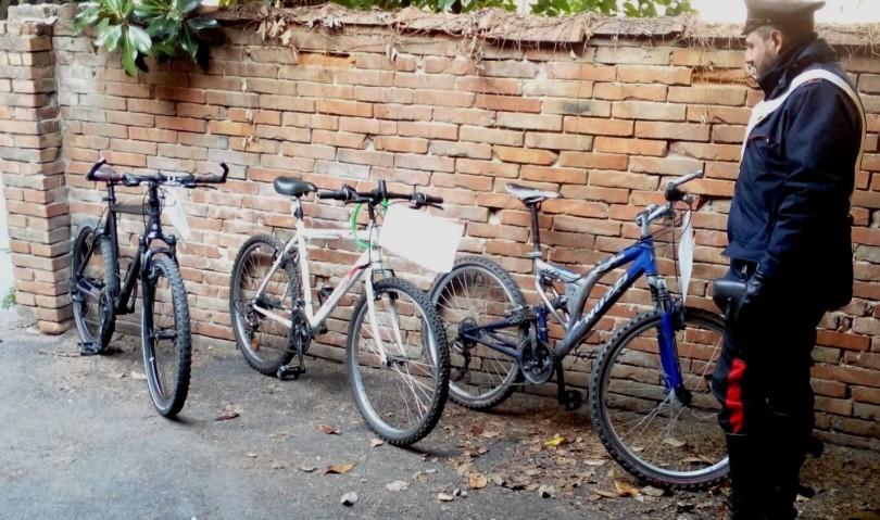 Recuperate diverse bici rubate. Fermati e denunciati tre albanesi