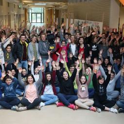 L'associazione App&Down dona un defibrillatore alle scuole Orsini
