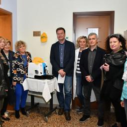 """Una nuova donazione al centro screening grazie alla """"Stradozza"""" delle Donne"""