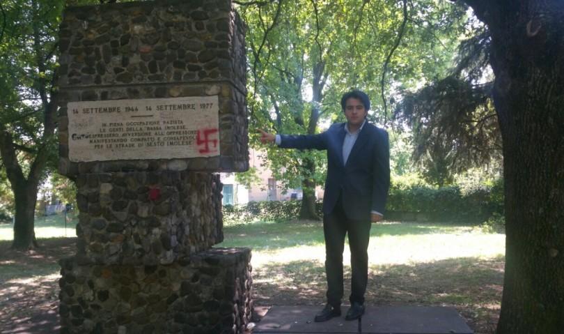 Svastica sul Monumento alla Resistenza. La denuncia di Nicolas Vacchi