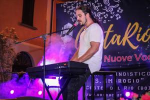 Un momento dell'esibizione di Giacomo Voli. Foto: Aramini