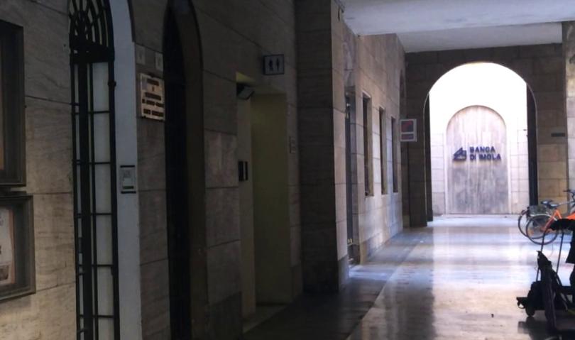 """Imola, Marchetti: """"Per pulire i bagni pubblici deve intervenire la Regione"""""""