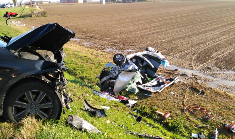 Imola, brutto incidente stradale in via Correcchio