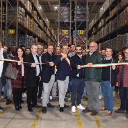 Castel San Pietro, inaugurato magazzino Aster coop. Assunti 36 lavoratori
