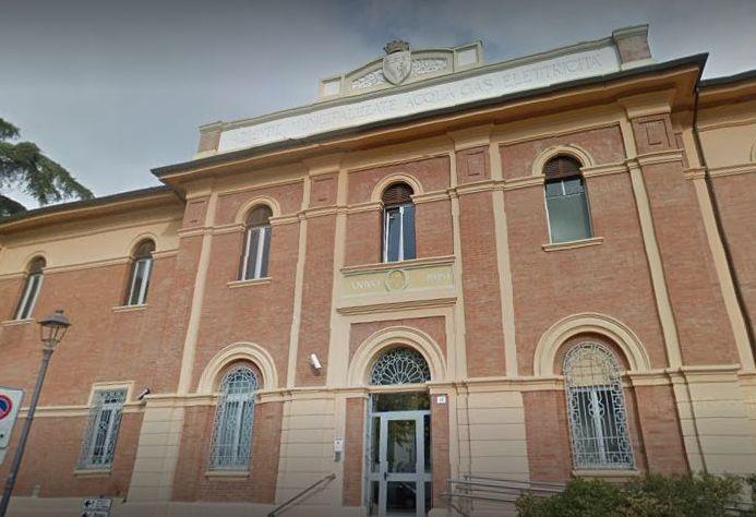 La sindaca si vota da sola il cda del ConAmi. Intanto Beppe Grillo ha fatto capolino sul Santerno…