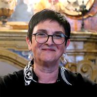 Imola, giunta a pezzi: lascia anche Rosa Lucente