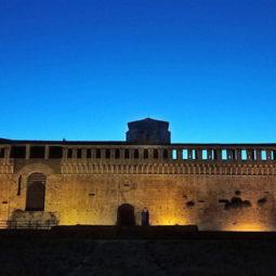 """""""Musei più aperti"""", in agosto la Rocca si svela al tramonto"""