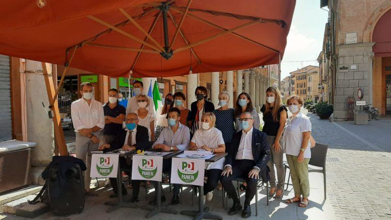 Imola, presentata la lista del Pd. Fabrizio Castellari capolista